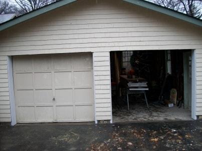 12 4 2009 001 cincinnati door opener gararge doors for Garage doors cincinnati